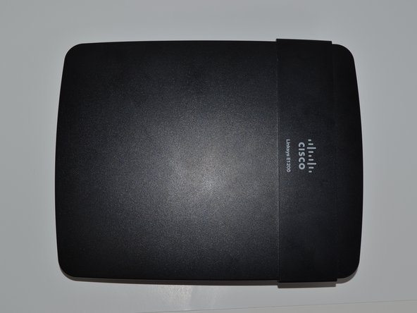 Disassembling the Linksys E1200