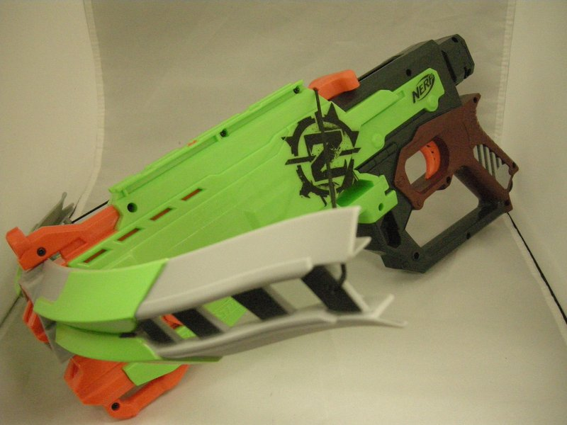 ... crossbow that I can't find anywhere online. Since we are both Warhammer  40k nuts we always joke around how the Mavericks look a bit like Bolt  Pistols.