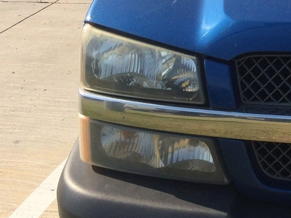 2003-2006 Chevrolet Silverado Headlight Bulb Replacement ... on
