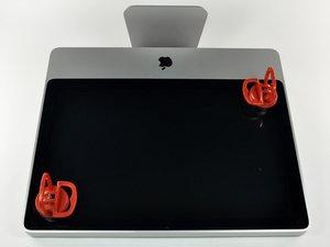 """Installazione del pannello di vetro nell'iMac Intel EMC 2133 ed EMC 2210 da 20"""""""