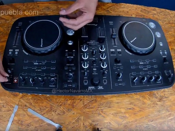 Pioneer DDJ Ergo. How to do internal clean, due PLAY button problem
