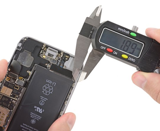 measuring the inside frame of the iPhone 6S