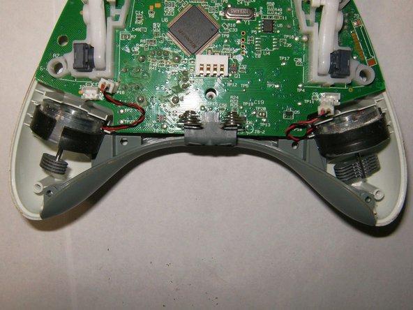 Image 2/3: Remove logic board