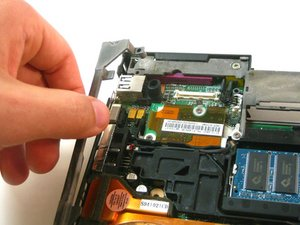 Disassembling IBM ThinkPad T42 Lower Bracket