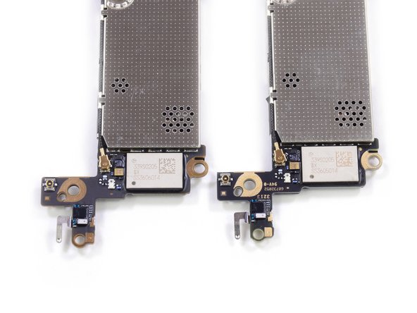 Image 2/2: It seems that the Murata IC is the same between both iPhone 5s'.