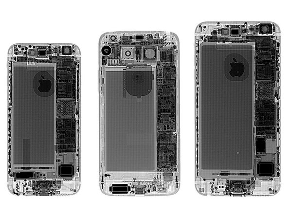 Image 3/3: An X-ray lineup confirms the G5 almost perfectly splits the difference between the iPhone 6 (left) and 6 Plus (right).