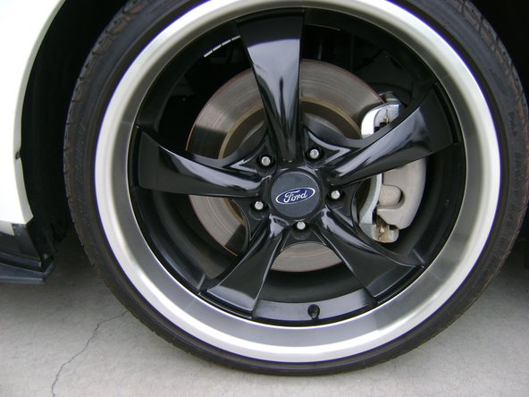 2010-2014 Ford Mustang Wheel Replacement