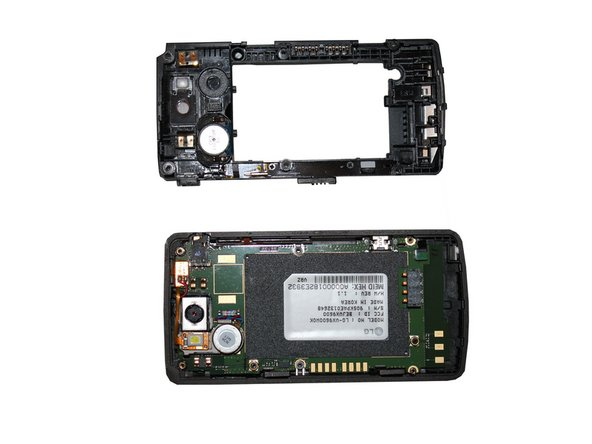 Insert a safe prying tool between the slot between the front screen housing and the battery housing to remove the battery housing.
