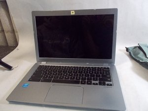 Toshiba CB35-3350 Chromebook 2