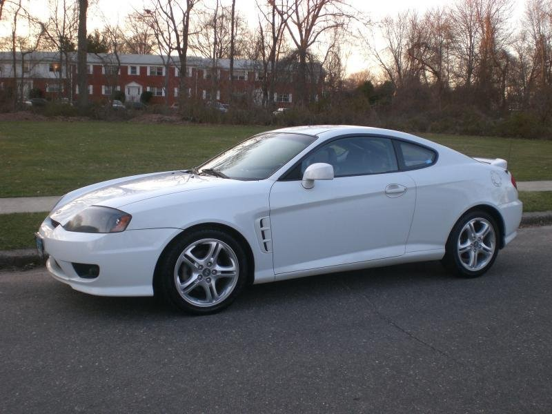 2000 hyundai tiburon sports car models