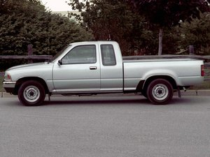 Toyota Pickup Truck (Hilux)