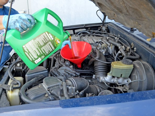 1990-1995 Toyota 4Runner Oil Change (3.0L V6)