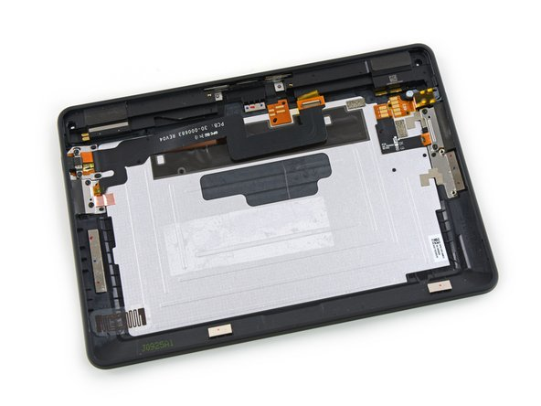 Image 3/3: In the [guide|10457|Kindle Fire HD of yesteryear|stepid=38134|new_window=true], the rear case was a bare piece of plastic, without any additional components.