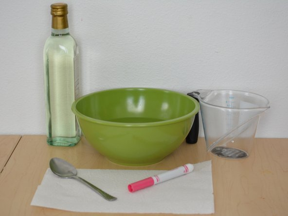 Image 1/1: 2 Tablespoons Of Vinegar