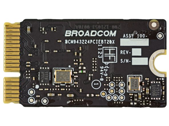 Image 2/2: Broadcom [link|http://www.broadcom.com/products/Bluetooth/Bluetooth-RF-Silicon-and-Software-Solutions/BCM20702|BCM20702] Single-Chip Bluetooth 4.0 Processor with [link|http://en.wikipedia.org/wiki/Bluetooth_low_energy|Bluetooth Low Energy] (BLE) support
