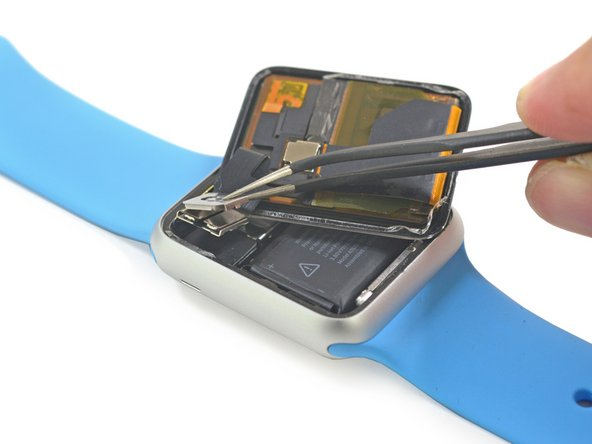 When inserting the knife & plastic tools around the edges be sure not to go further than 1mm into the AMOLED. The force touch gasket lies directly underneath the glass and is easily damaged if pushed on too hard with a knife or other metal object. The FPC clip is tricky but is easily removed using sharp point tweezers on the battery edge.