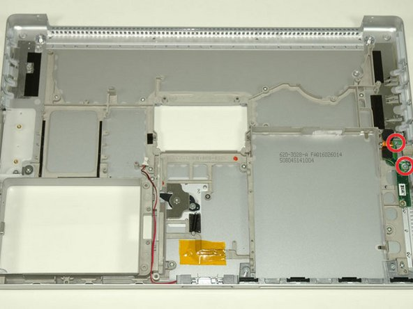 Image 1/1: Remove the right USB board.