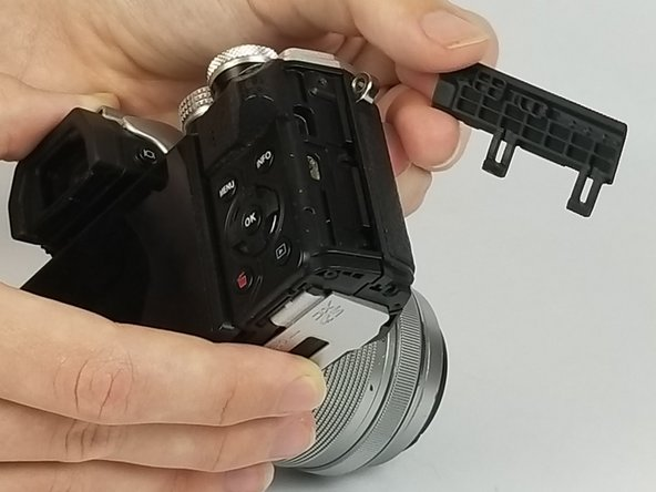 Olympus OM-D E-M10 Mark II HDMI and Multi-connector Cover Replacement