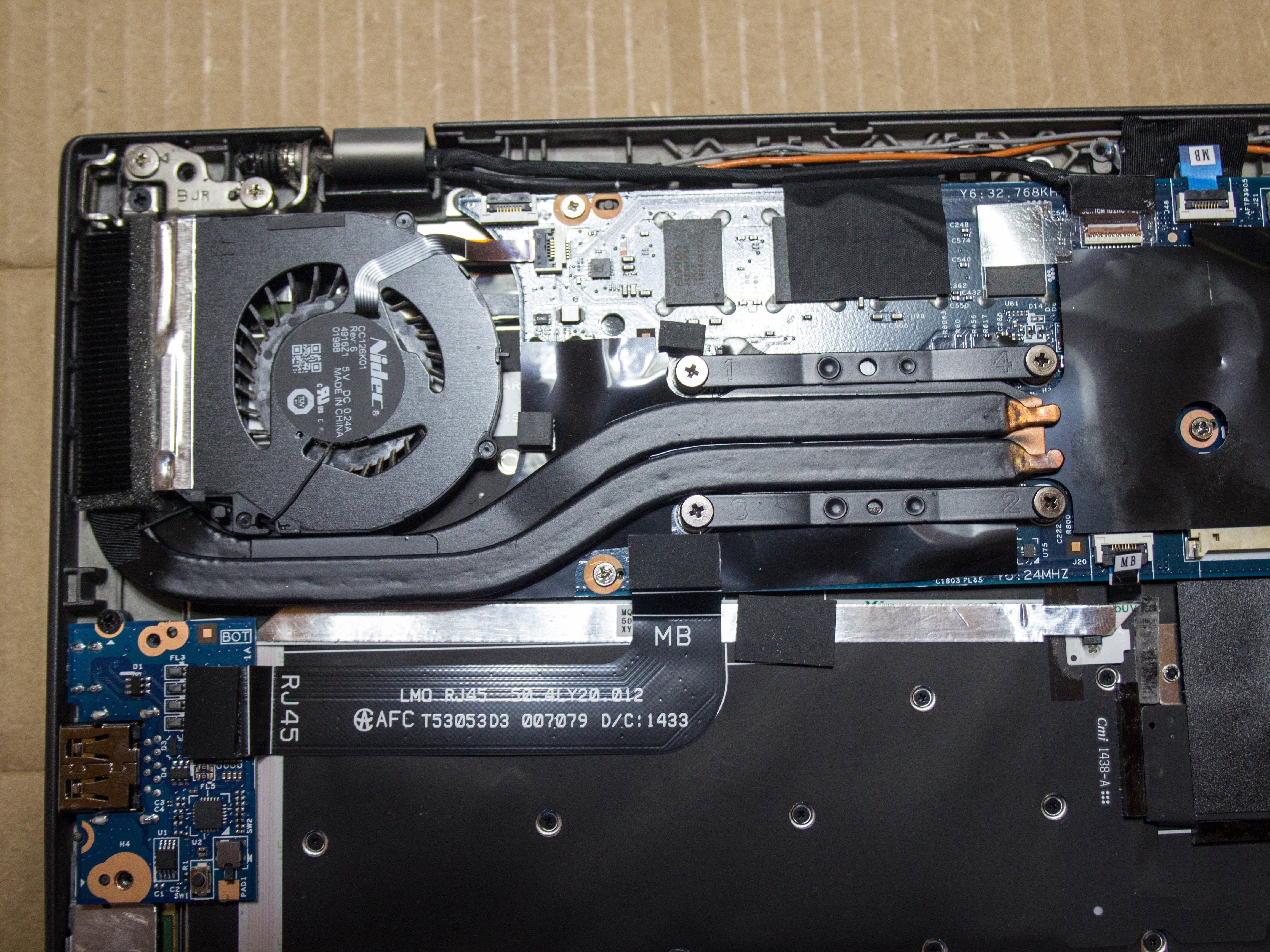 ThinkPad X1 Carbon Fan Replacement - iFixit Repair Guide