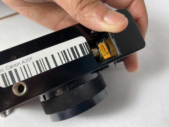 Wipe the PX-625 mercury battery with a clean cloth, so that there are no unnecessary fingerprints on the battery.