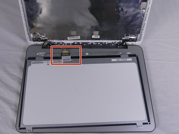 Before completely removing the screen, detach the connected located at the bottom of the screen.