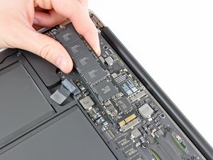 "MacBook Air 13"" Late 2010 Solid-State Drive Replacement"