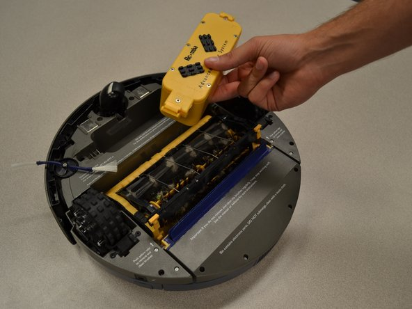 Image 2/2: Pull battery out using your fingers.