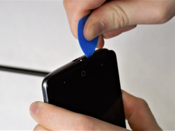 If the SIM Card is still in place during removal of the siding, take care during removal to avoid damaging the SIM Card.