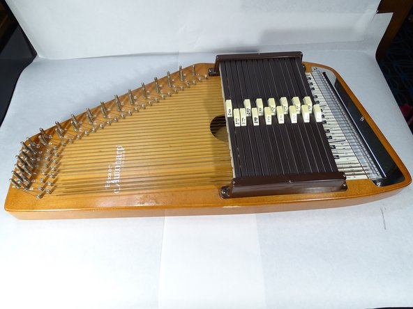 Replacing an autoharp string (Type B)