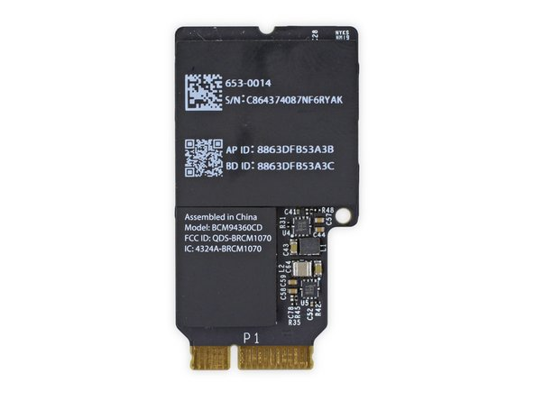 The AirPort/Bluetooth card, identified by its model number BCM94360CD, is exactly the same as the one we encountered in last years iMac Intel 27 inch: