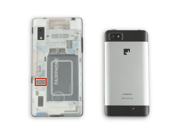 At 168 g (20 grams of which is the case) the Fairphone 2 is only 6 grams heavier than the 1st gen.