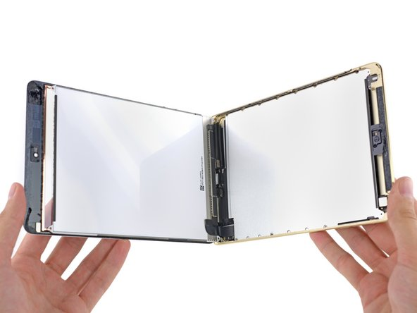 Unlike in the new iPad Air 2, the front panel glass and LCD are still separate components, individually replaceable.