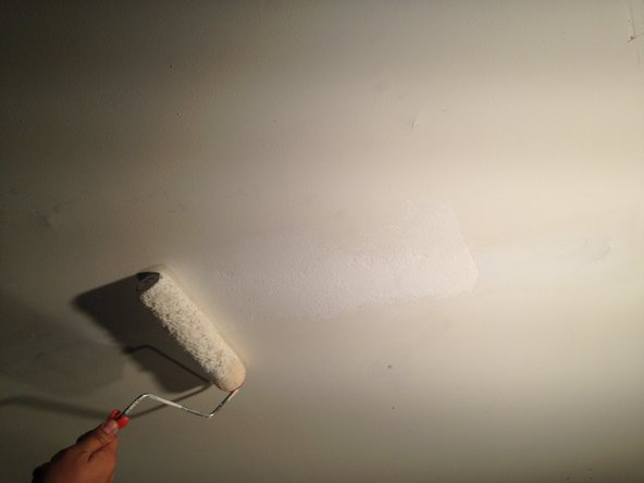 Image 1/1: Use a primer and paint that has been matched to your ceiling by a paint shop.