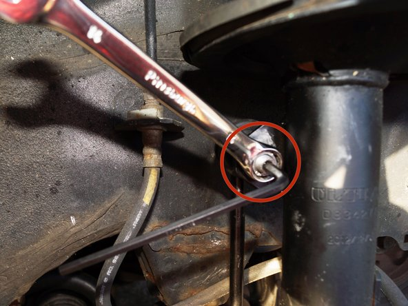 Image 2/2: The 4mm Allen wrench is not necessary for this step because the sway bar link is new.