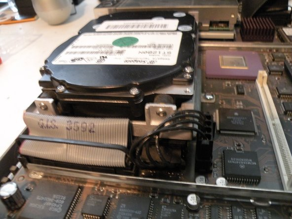 The NeXTStation uses a 50-Pin SCSI Hard Drive up to 4GB.