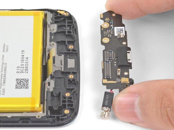 Motorola Moto E4 Plus Daughterboard Replacement