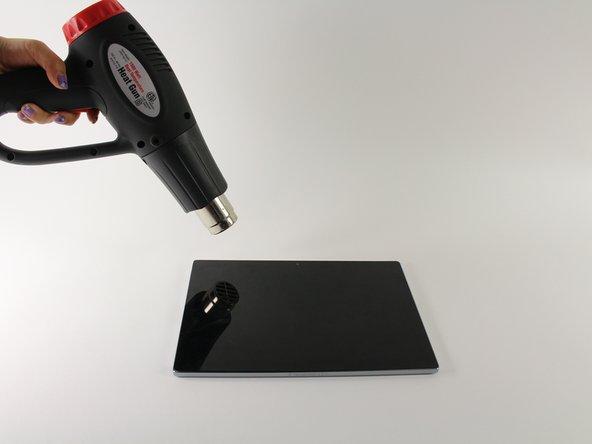 Stelle sicher, dass das Gerät komplett heruntergefahren ist, bevor du mit dem Auseinanderbauen beginnst.