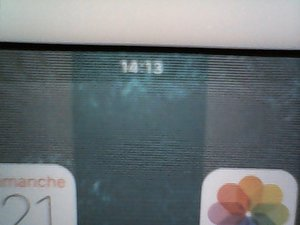 SOLVED: My iPad Mini 2 display has lines on it  - iPad Mini