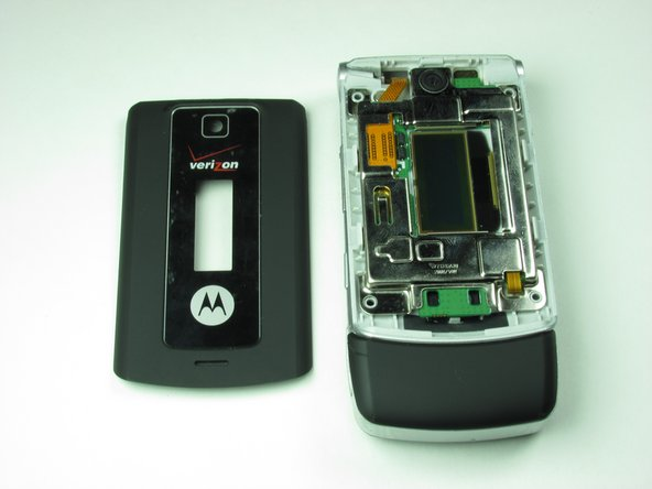 After completing Steps 3-6 in the casing repair guide, your phone should look like this.