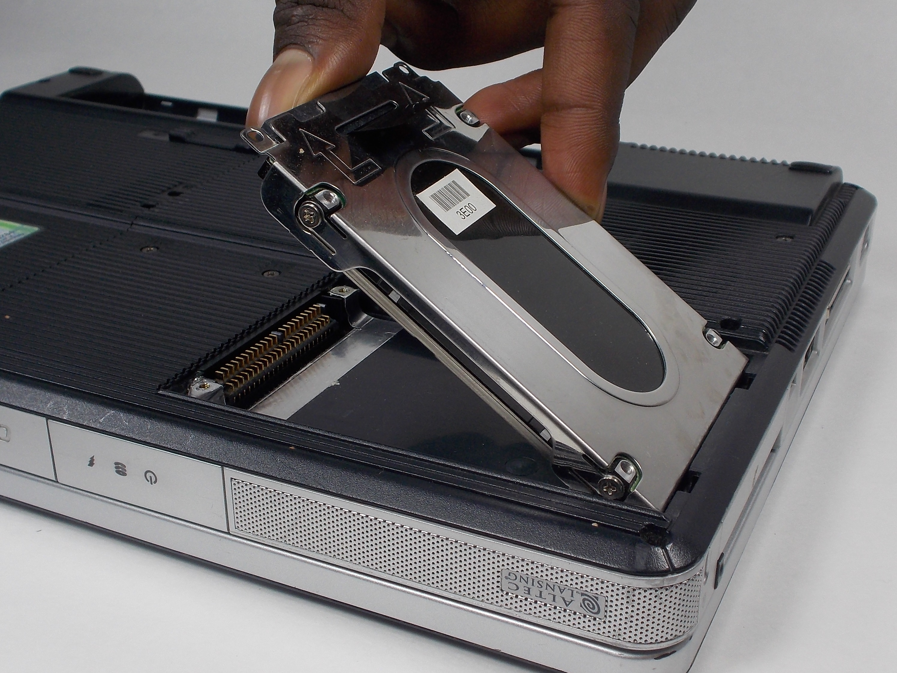 How Do I Replace a Hard Drive? - Lifewire