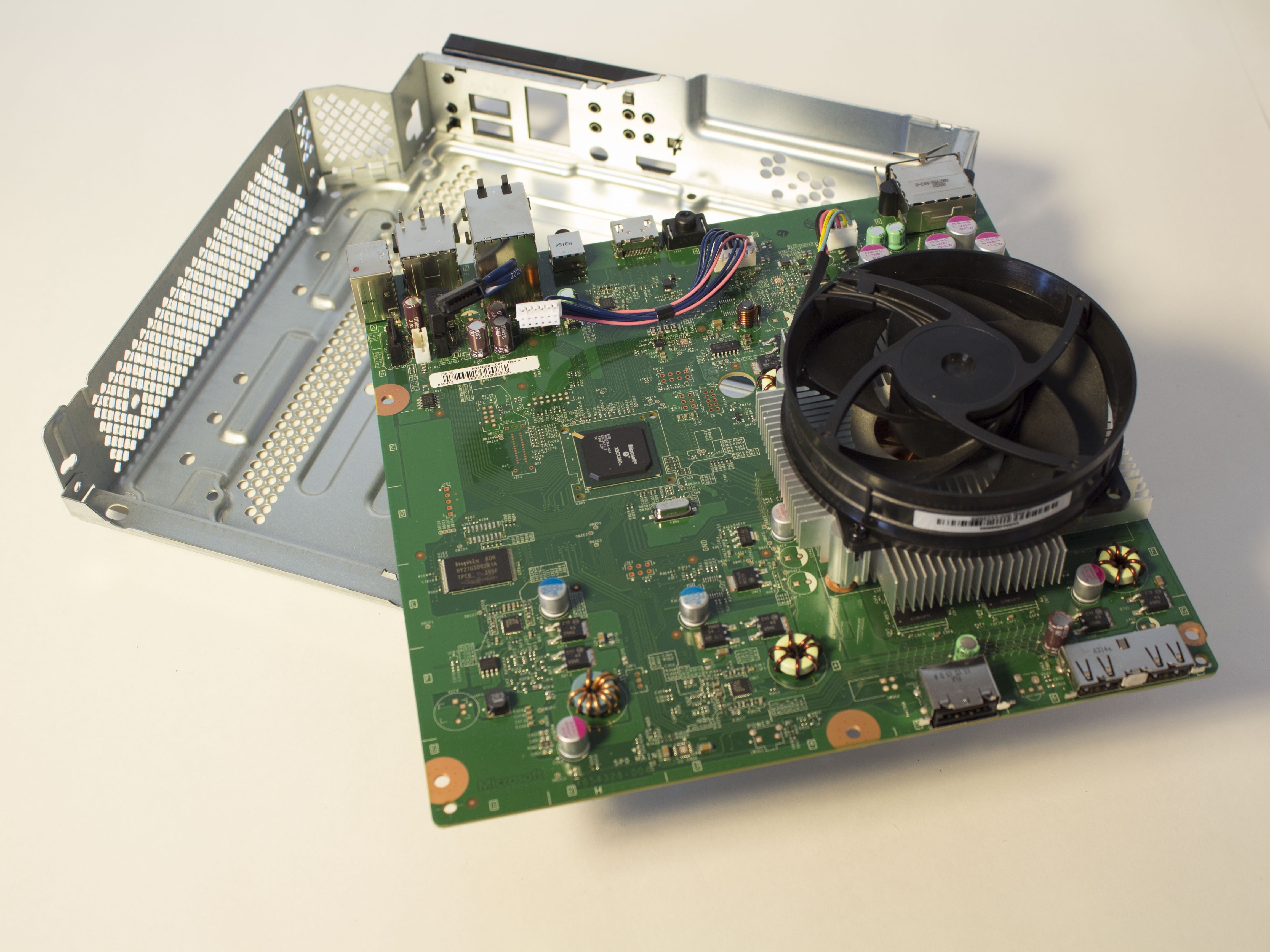 Xbox 360 hard drive (internal) replacement ifixit repair guide.