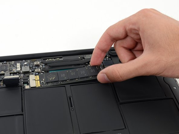 "MacBook Air 11"" Early 2015 SSD Replacement"