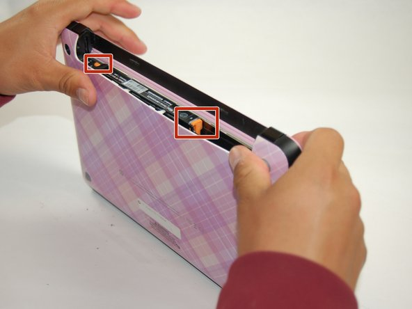 Image 1/1: If the case does not pop off, begin to use Spudger to pry the case off the back.