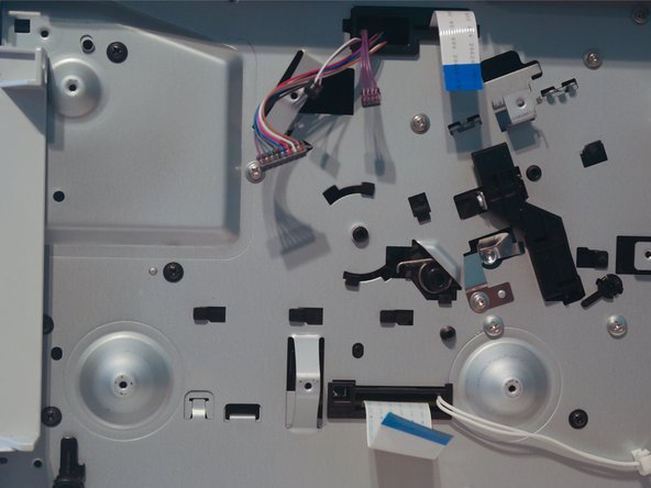 Remove 6 screws on the formatter cover.