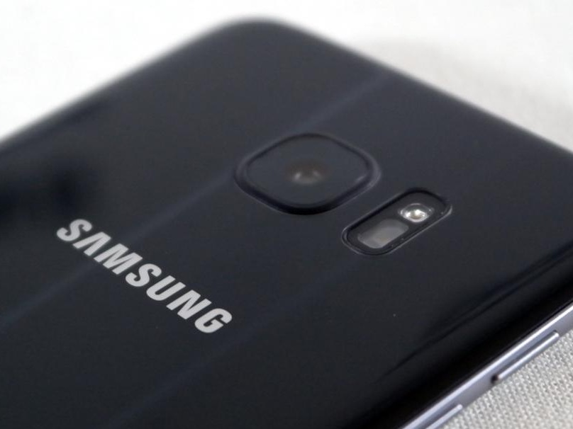 Samsung Galaxy S7 Repair - iFixit