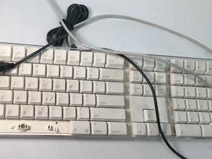 Apple Keyboard A1048 Teardown