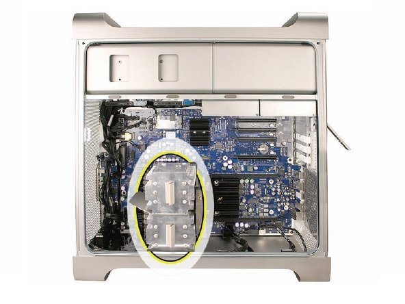 Disconnect the 2-pin cable for the upper processor (CPU A) heatsink from the logic board.