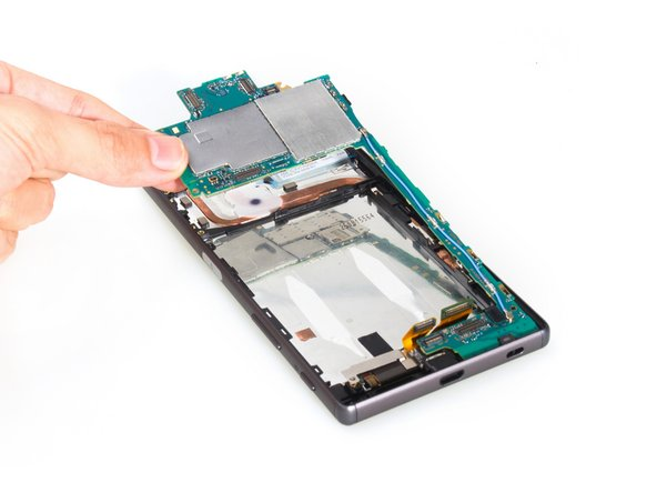 Image 2/3: Remove motherboard.