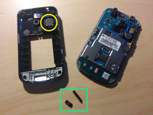 The front and back of the device should separate.