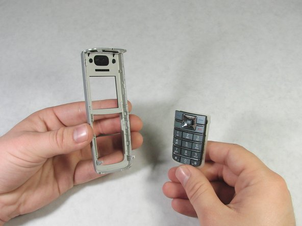 With the front casing removed, the keypad can easily be pulled off the back of the front casing.